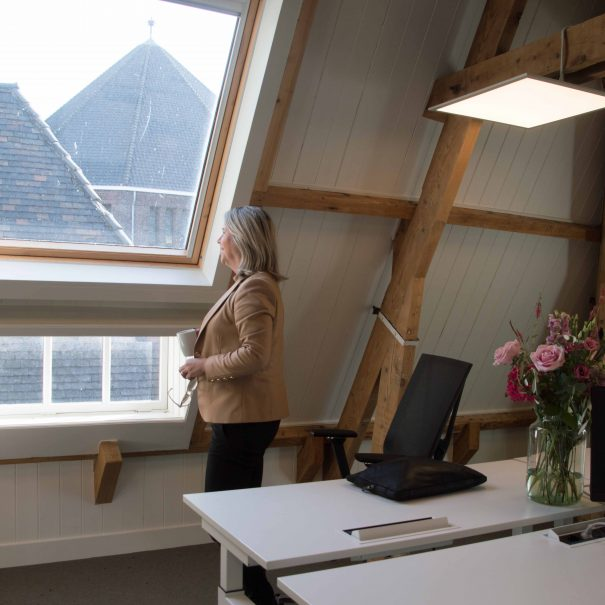 Kantoorvilla de Pastorie Vergaderruimte Kantoorruimte Huren Exclusief Bergen op Zoom Per Uur De Bibliotheek