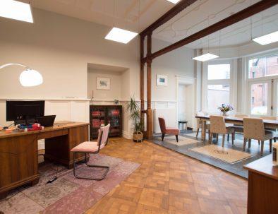 Kantoorvilla de Pastorie Vergaderruimte Kantoorruimte Huren Exclusief Bergen op Zoom Per Uur De Woonkamer